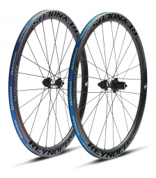 paire de roues reynolds assault 41mm carbone pneu corps shimano sram