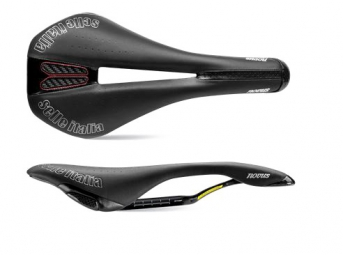 selle italia novus kit carbonio flow noir l2