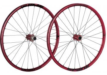 spank paire de roues oozy trail 295 27 5 15mm 12x142mm rouge