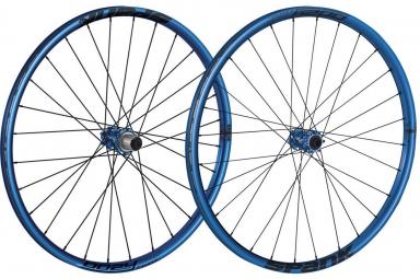 spank paire de roues 27 5 oozy trail 295 15mm 12x142mm bleu