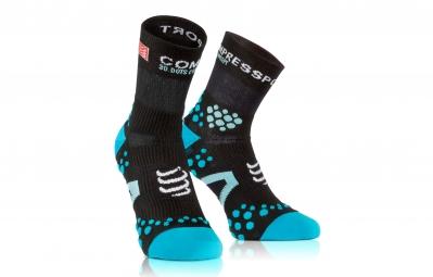 compressport paire de chaussettes pro racing socks v2 1 run noir bleu