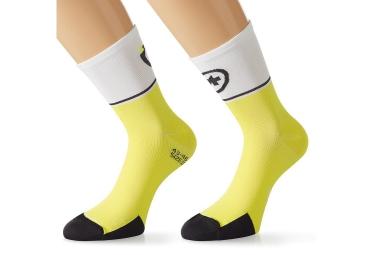 assos paire de chaussettes exploisocks evo 7 noir blanc jaune