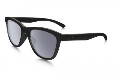 lunettes femme oakley moonlighter noir gris ref oo9320 01