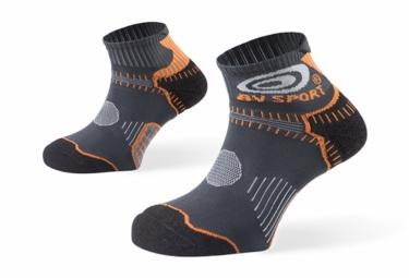 bv sport paire de chaussettes basses trail stx noir orange