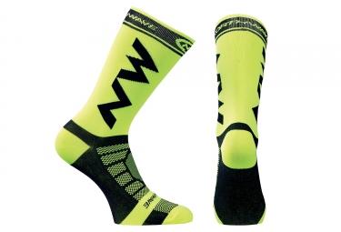 chaussettes hautes northwave extreme pro jaune fluo noir 2017