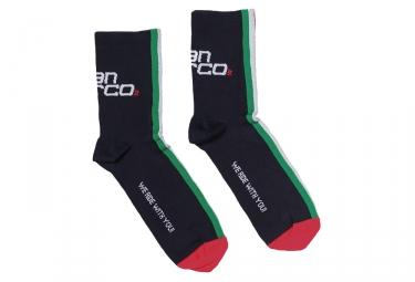 paire de chaussettes intermediaires selle san marco italia noir rouge