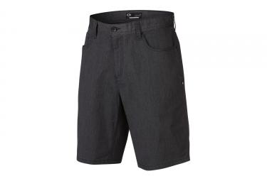 short oakley 365 noir