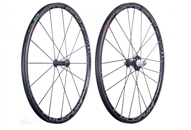 paire de roues fulcrum racing zero carbon pneu shimano sram 11v