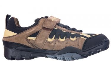 paire de chaussures massi trekking canyon noir
