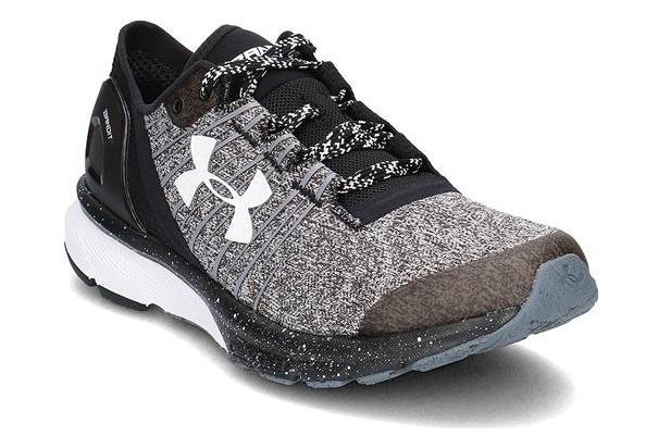 separation shoes 296fc 3e34f Chaussures de Running Under Armour Charged Bandit 2