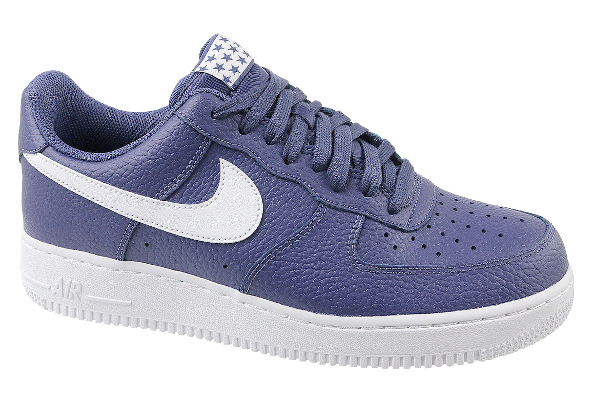 acheter populaire efdf8 8ee86 Nike Air Force 1 07 AA4083-401 Homme chaussures de skate Violet
