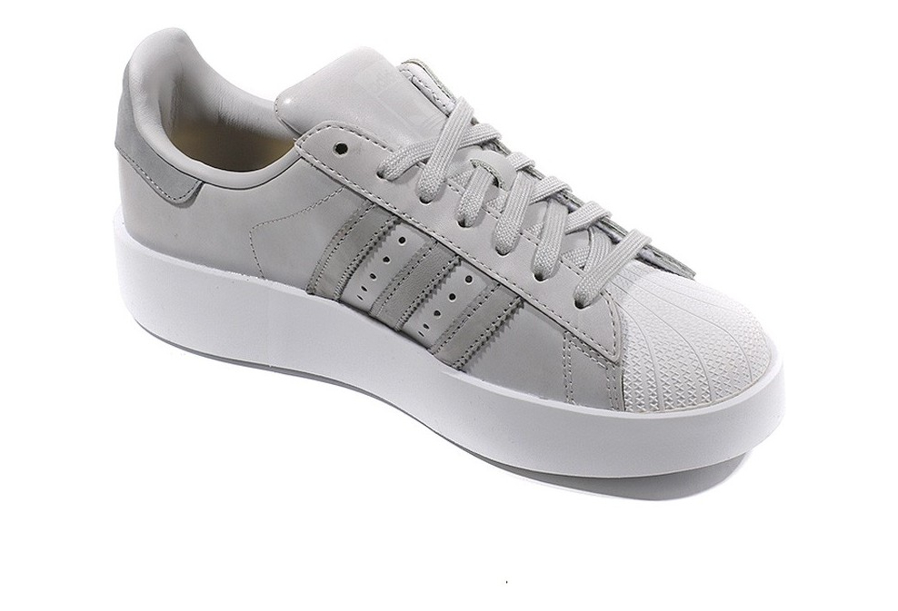 taille 40 e7b5a c0ad7 Chaussures Superstar Bold Gris Femme Adidas