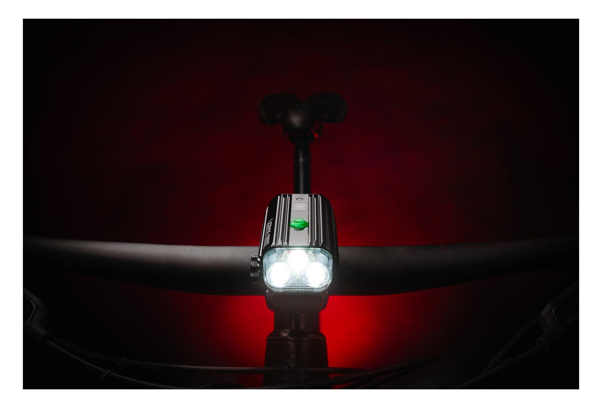 Lezyne Super Drive DEL 1600XXL Phare Avant Lumière Vélo Noir 1600 lm