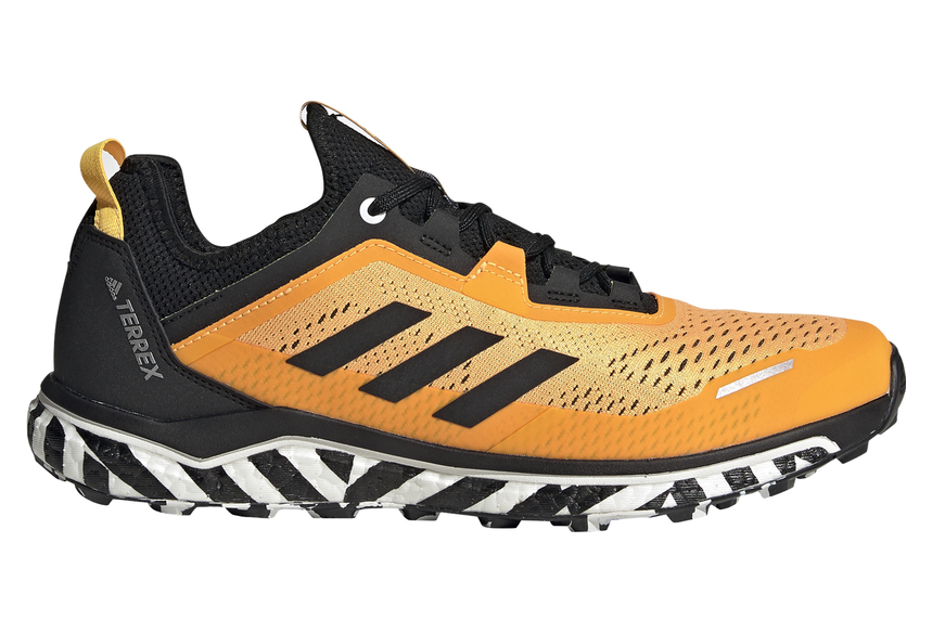 Mutuo Estadio Leeds  Chaussures de Trail adidas running Terrex Agravic Flow Jaune / Noir |  Alltricks.fr