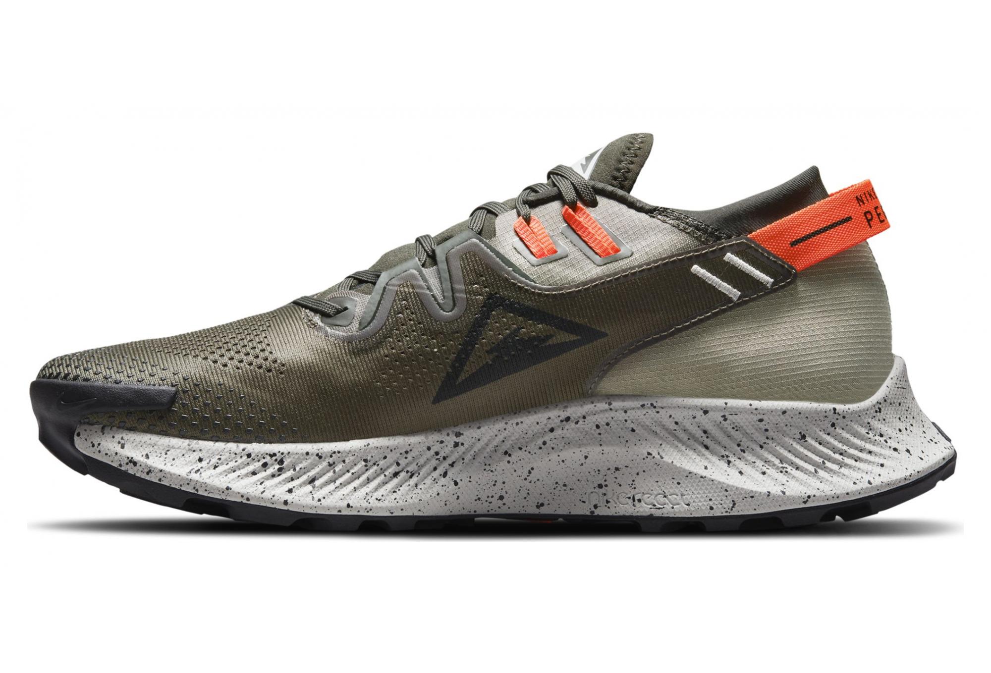 Pair of Shoes Nike Pegasus Trail 2 Khaki / Black   Alltricks.com