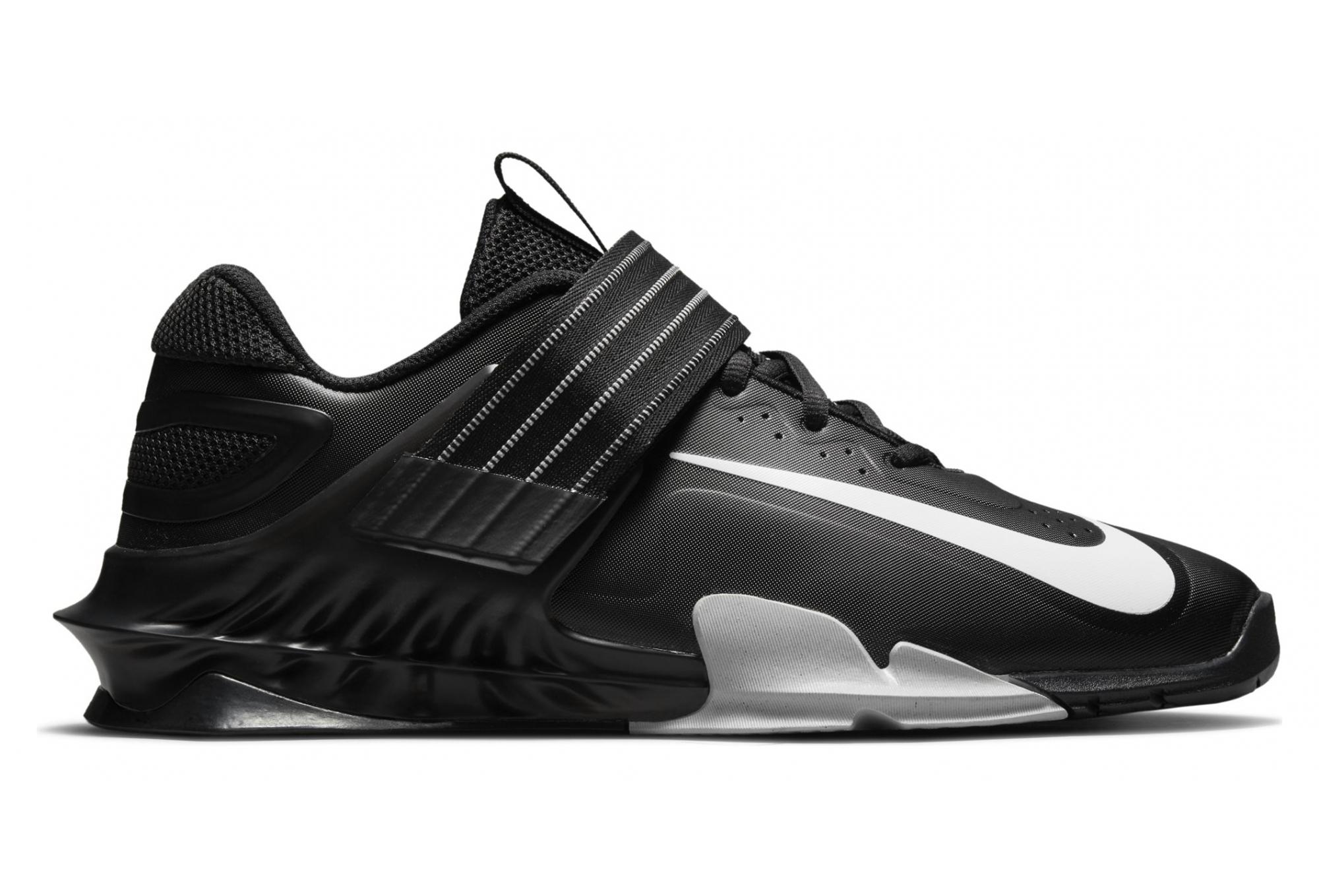 Pair of Shoes Nike Savaleos Black Unisex | Alltricks.com