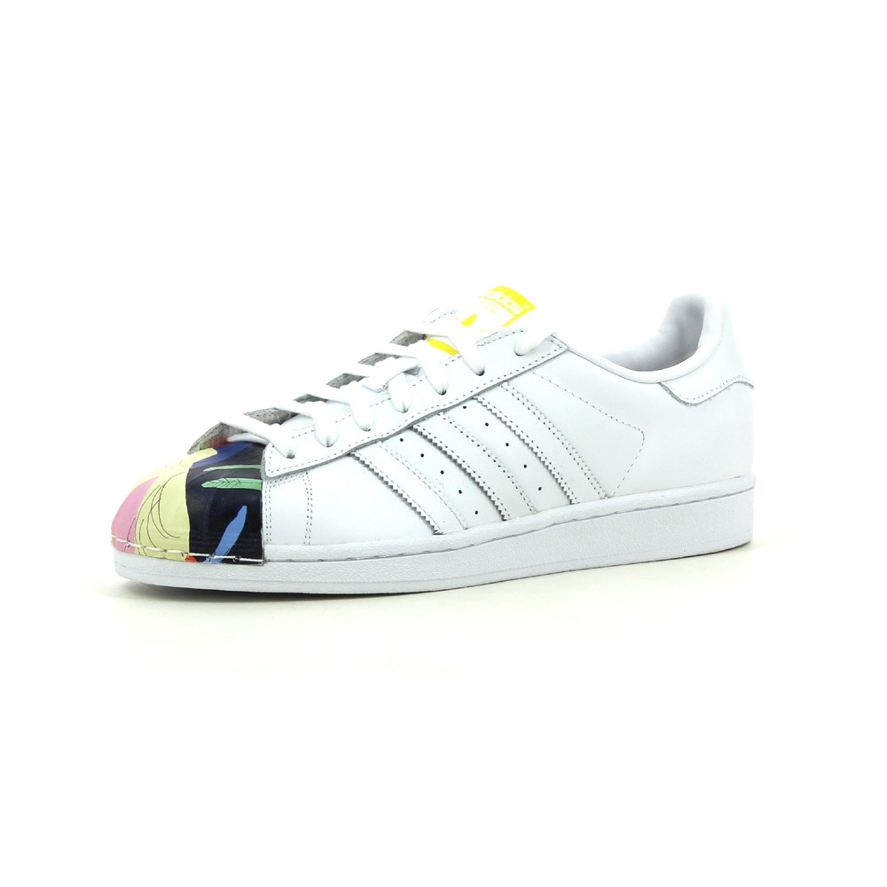 detailed look f45b9 e529f Baskets basses Adidas Originals Superstar Pharrell Williams