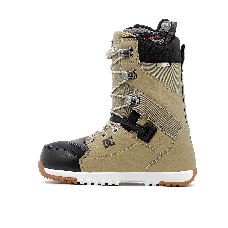 2614d7a4f24d8 Boots de snowboard DC Shoes Mutiny