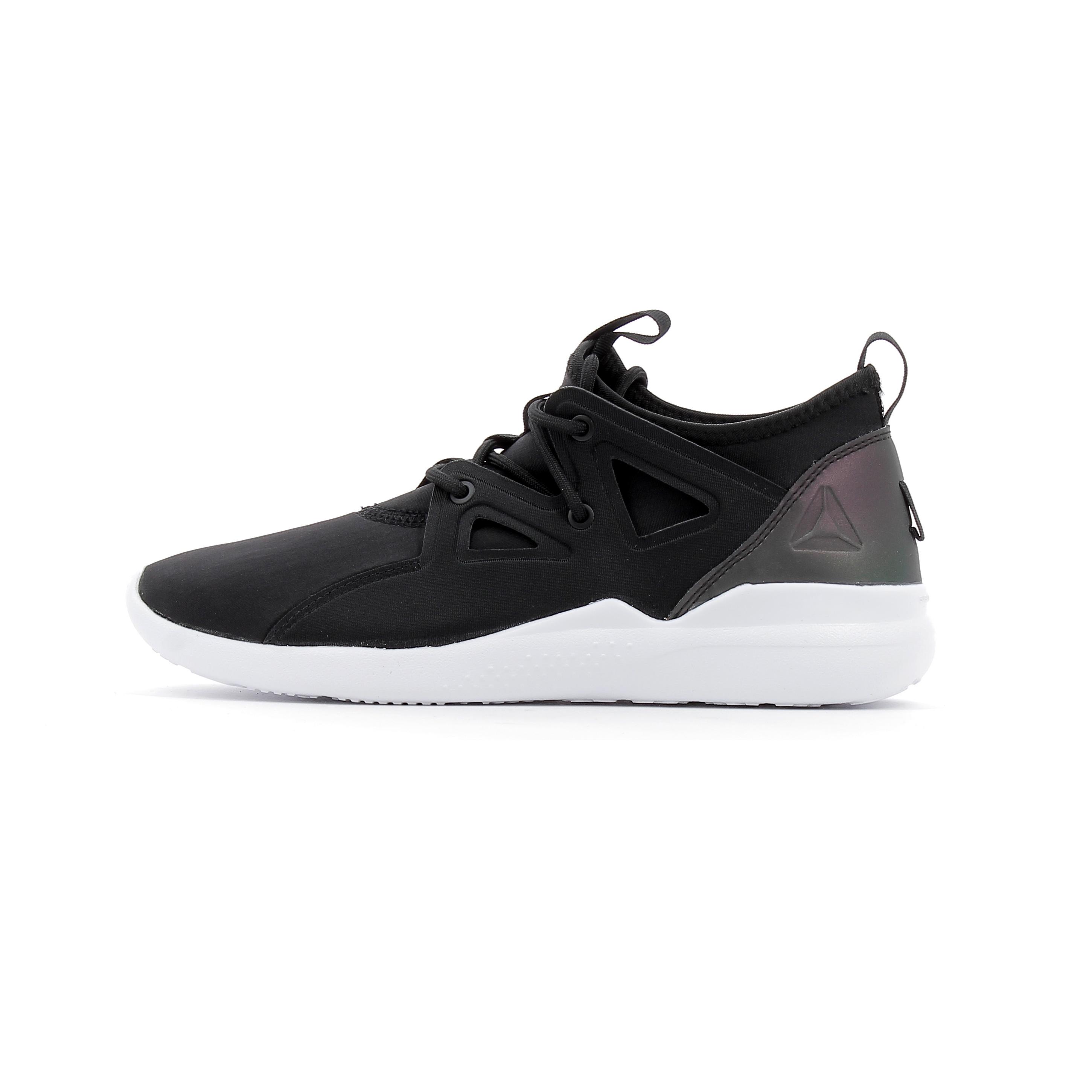 b00e8e18e3a Chaussures de Cross Training Femme Reebok Cardio Motion Noir ...
