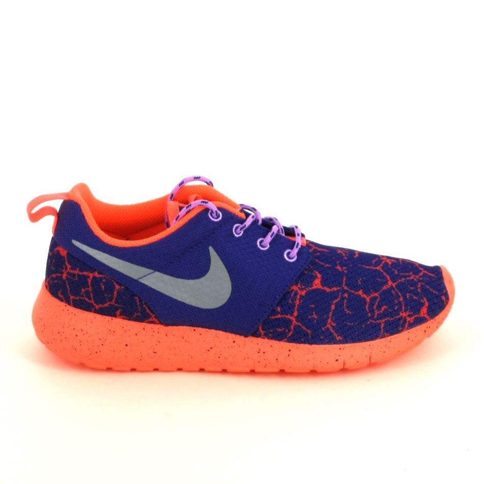 meilleur pas cher ac380 bb365 Basket mode, Sneaker NIKE Roshe One Lava JR Violet