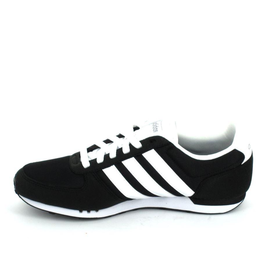 Basket mode, SneakerBasket mode Sneakers ADIDAS Neo City Racer Noir Blanc