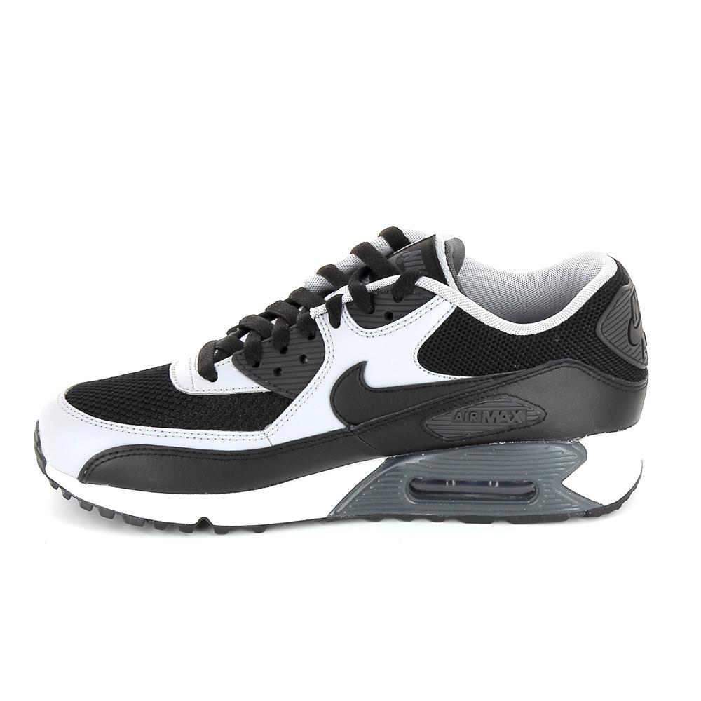 regard détaillé fbfbe 3e32c Basket mode, SneakerBasket mode - Sneakers NIKE Air Max 90 Essential Noir  Gris