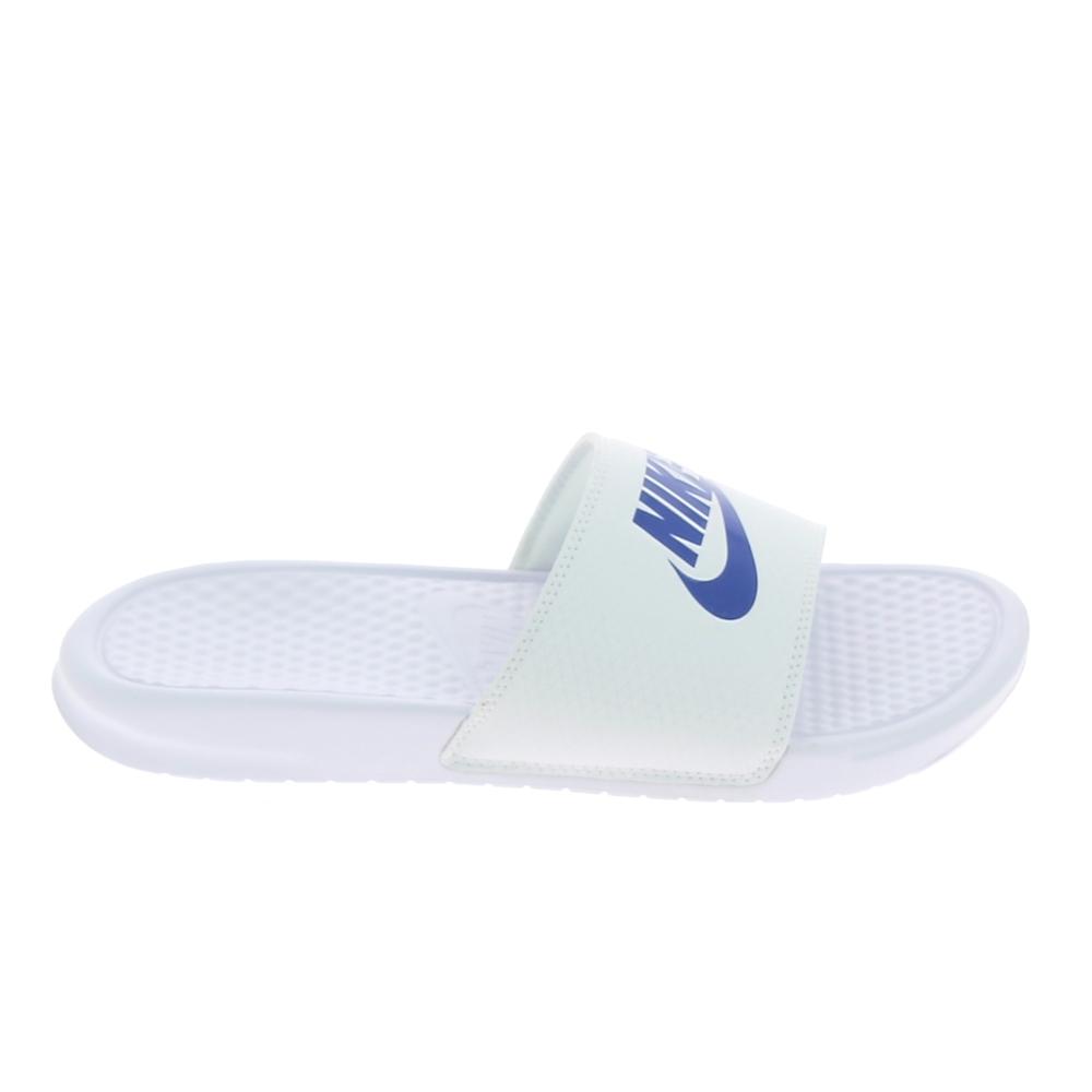 le dernier d9b1f 8b44c Sandale, Nu-piedNu pied et sandale NIKE Benassi JDI Blanc Bleu