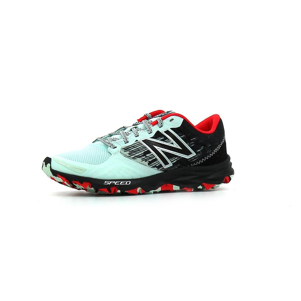 best cheap cac6a d229a Chaussures de trail New Balance WT690 B