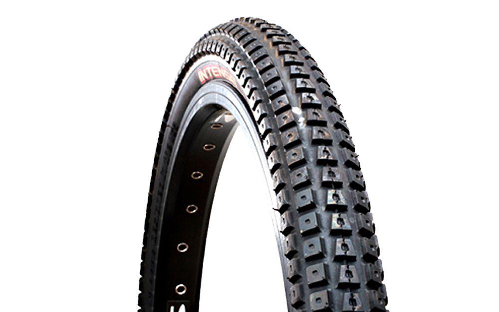intense pneu halo gomme tendre 24. Black Bedroom Furniture Sets. Home Design Ideas