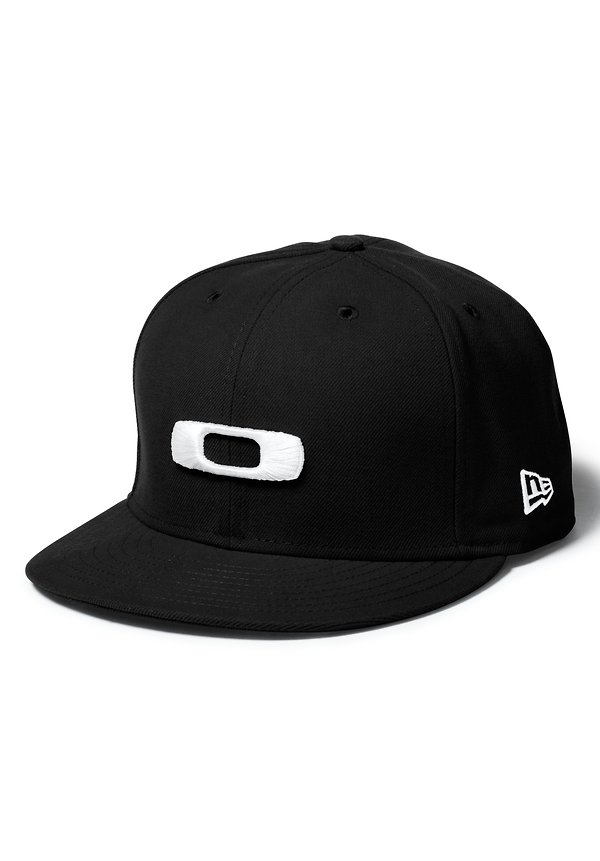 OAKLEY NEW ERA SQ O CAP Black  ceee7deed71