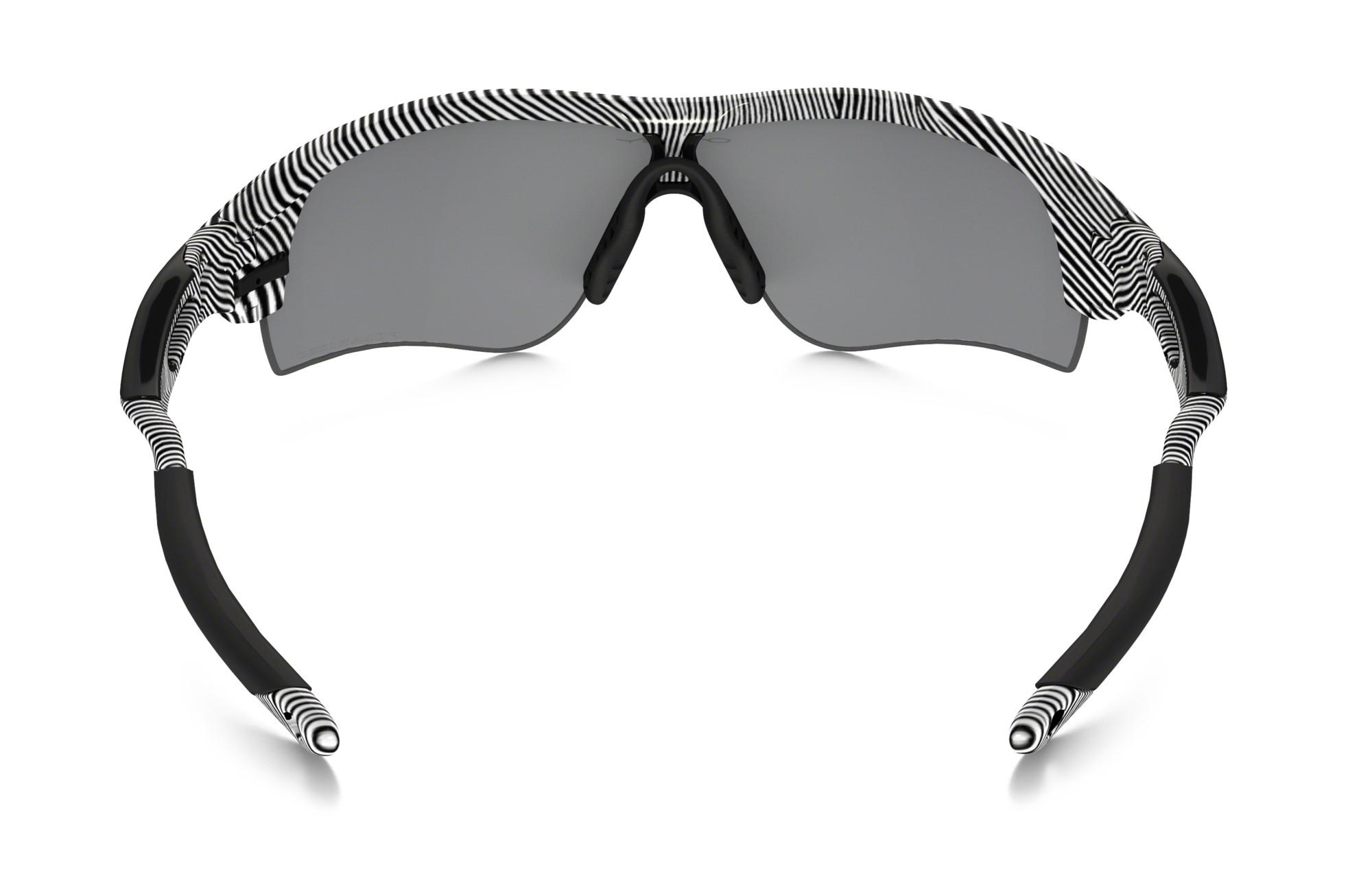 04b5acdbb58b02 OAKLEY Paire de lunettes FINGERPRINT POLARIZED RADARLOCK PATH Blanc Black  Iridium réf oo9181-44