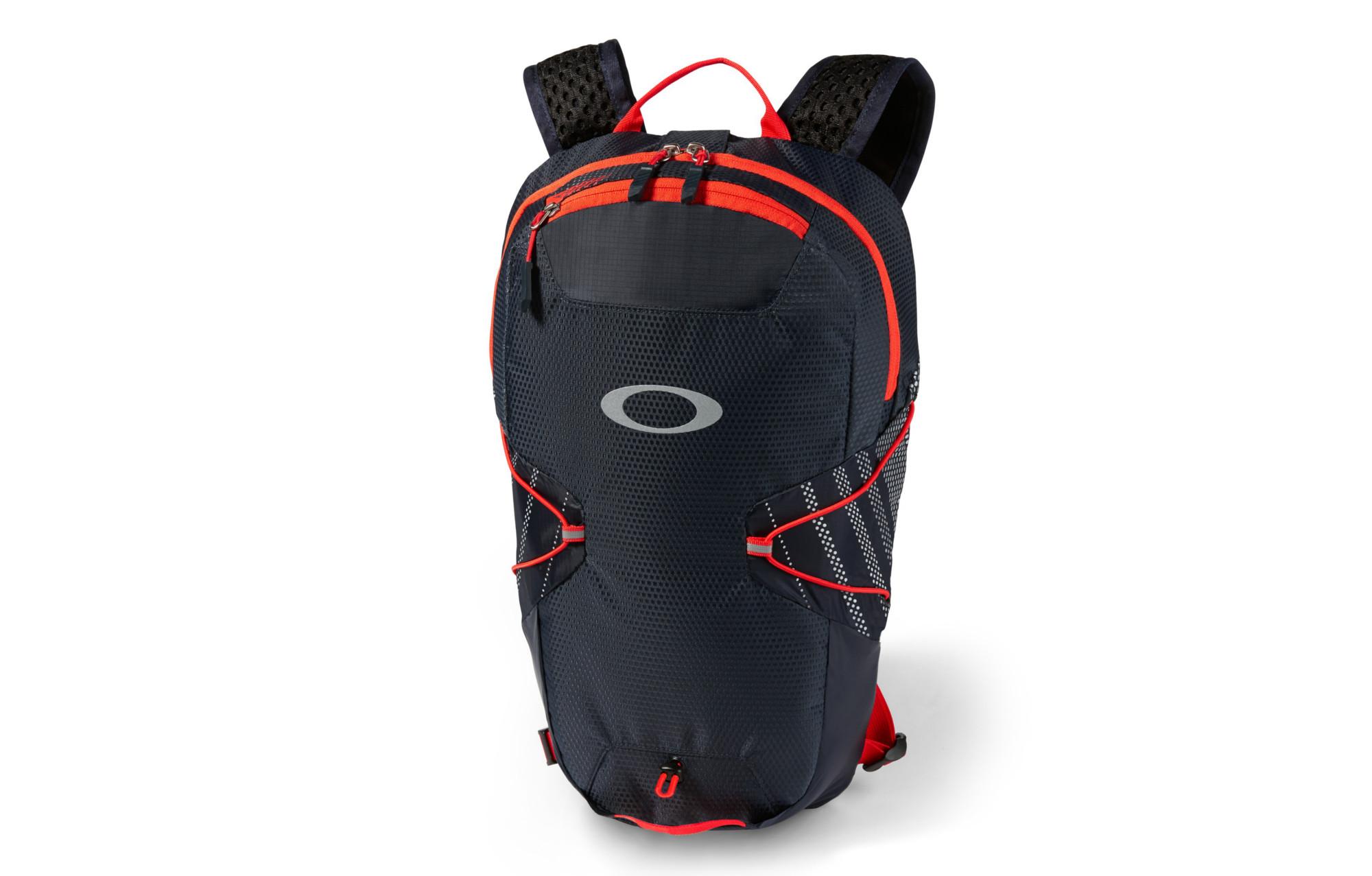 oakley sac dos compression sport pack bleu rouge. Black Bedroom Furniture Sets. Home Design Ideas