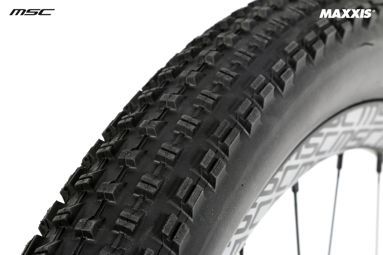 maxxis pneu race tt 27 5 x dual exo tubeless ready souple tb90919000. Black Bedroom Furniture Sets. Home Design Ideas