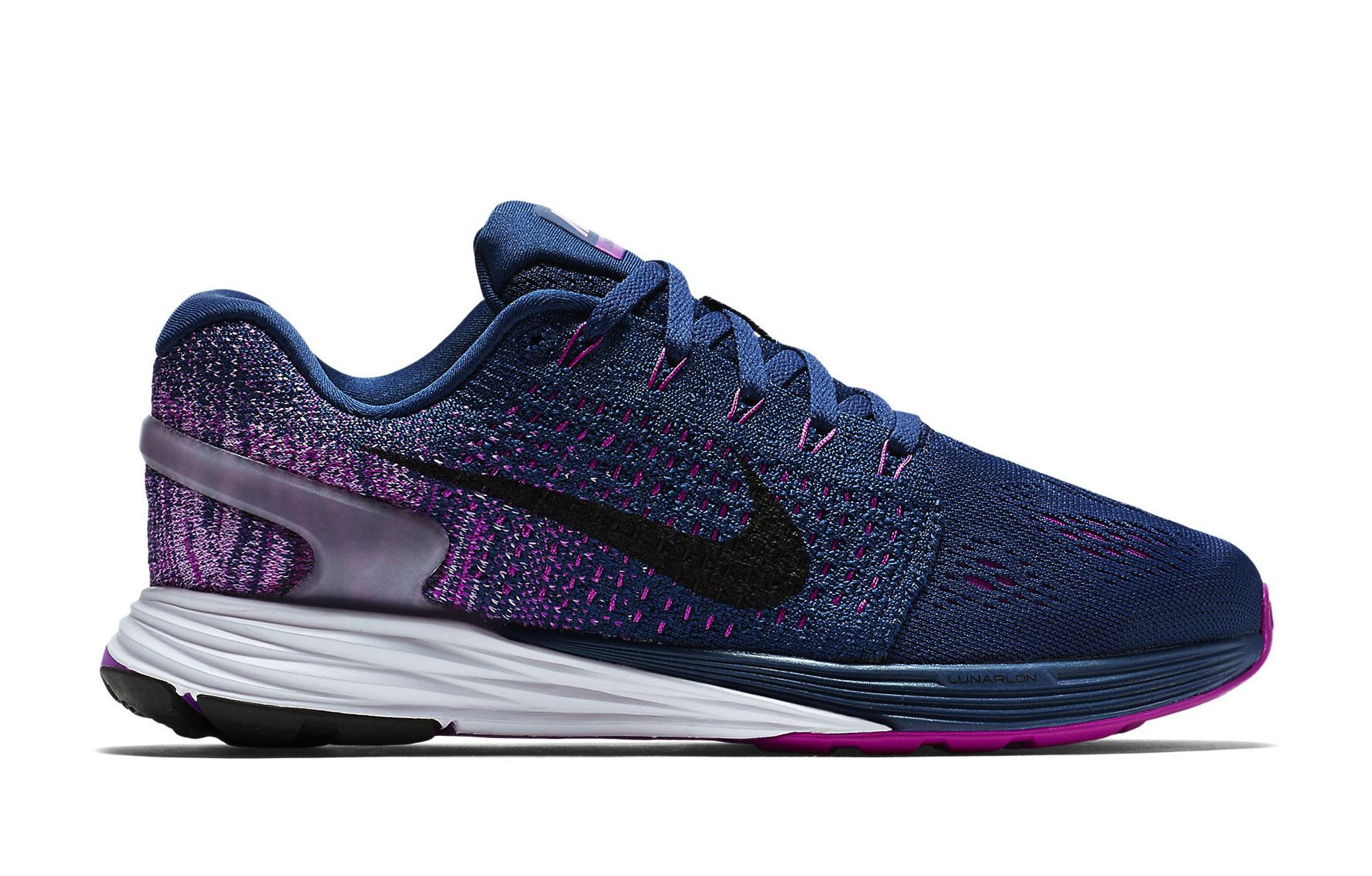 new concept 4b927 bc085 ... sale chaussures de running femme nike lunarglide 7 bleu edca3 b7daf