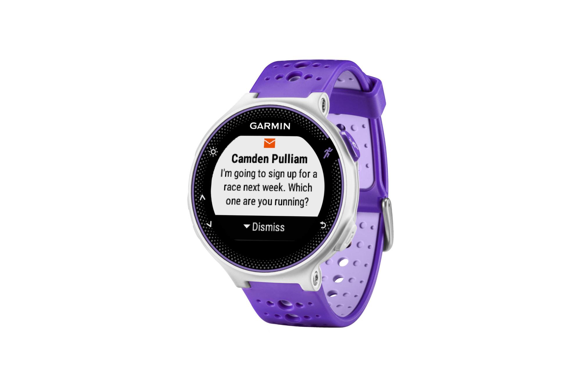 garmin montre gps forerunner 230 blanc violet. Black Bedroom Furniture Sets. Home Design Ideas