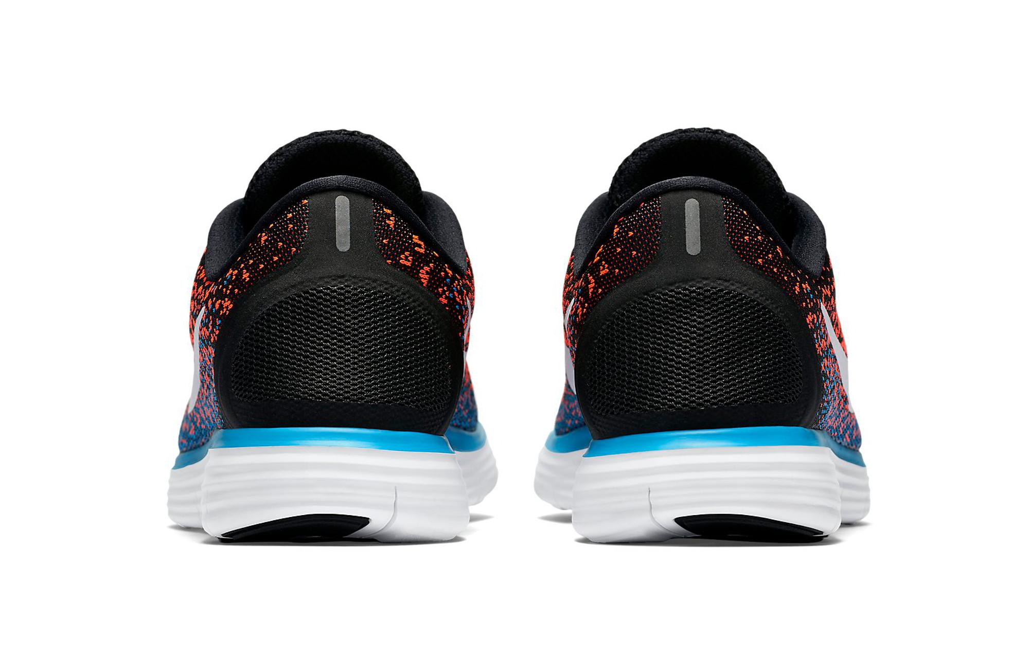 separation shoes faca5 35596 Chaussures de Running Nike FREE RUN DISTANCE Noir   Orange