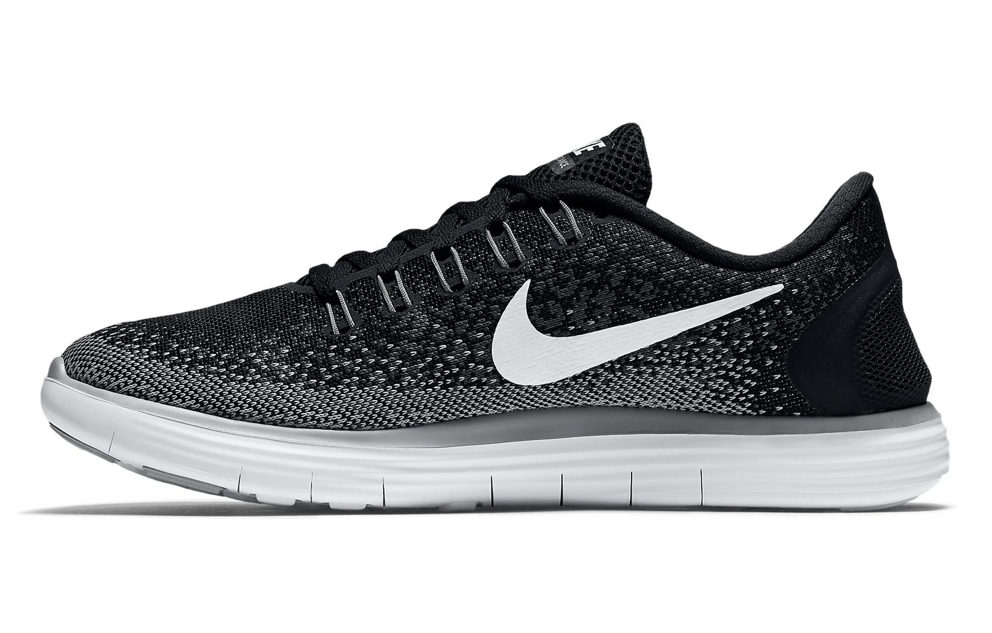 new product 14f5a aa231 Chaussures de Running Femme Nike FREE RUN DISTANCE Noir