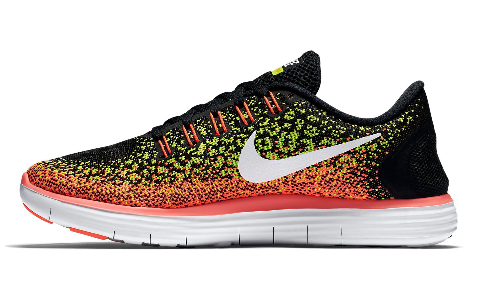 uk availability 7cfdc 3d698 ... ireland chaussures de running femme nike free run distance noir jaune  orange 162a5 d0e24 ...