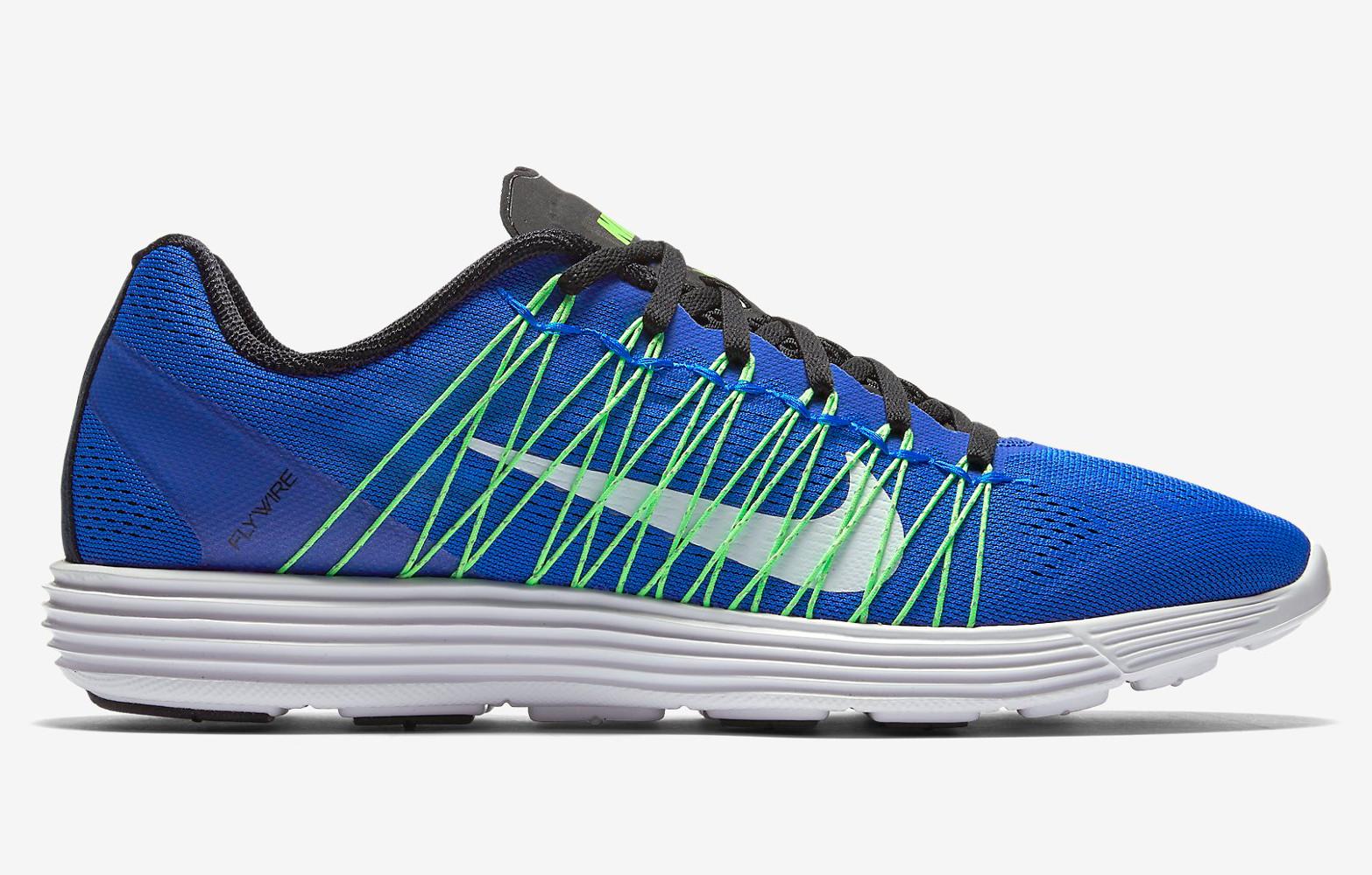 Women's Running Shoe - Nike Lunaracer+ 3 - Racer Blue/Voltage Green/Black/White : I76o9694