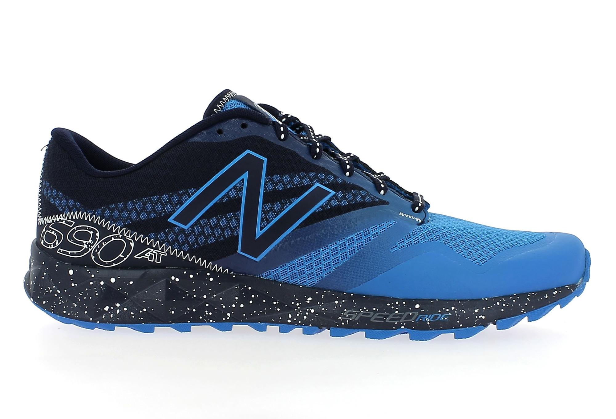 new balance 690 bleu