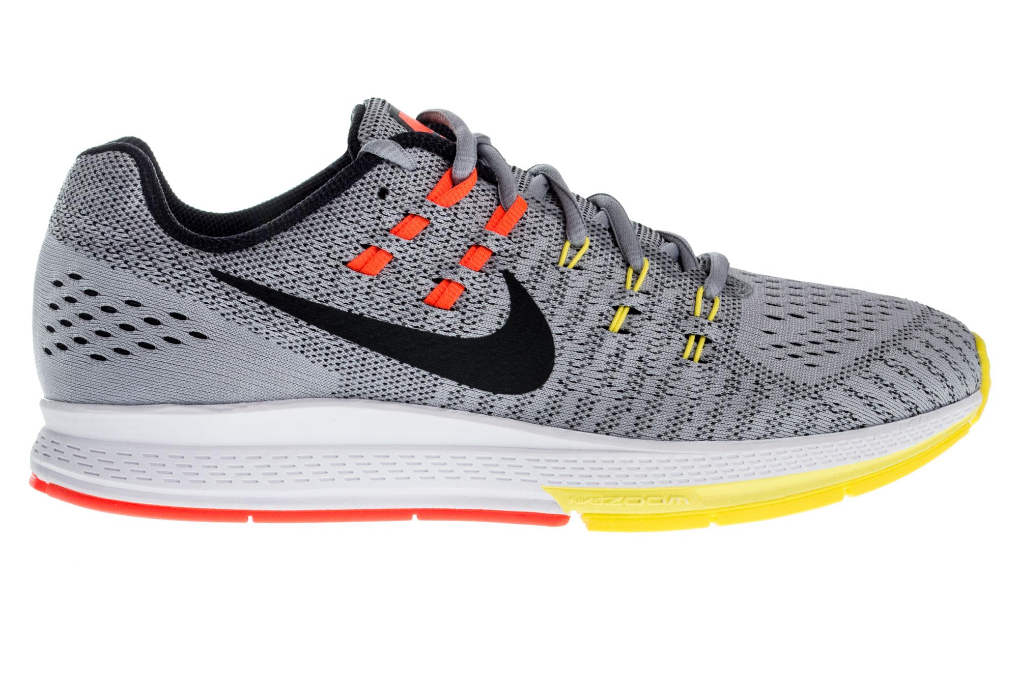 Nike lanzó unas zapatillas que se ajustan al pie a través de