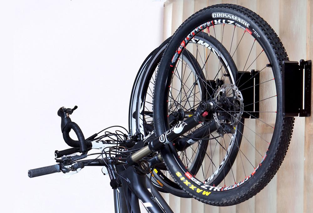 Feedback Sports Velo Hinge-Pivoting wall hook Black