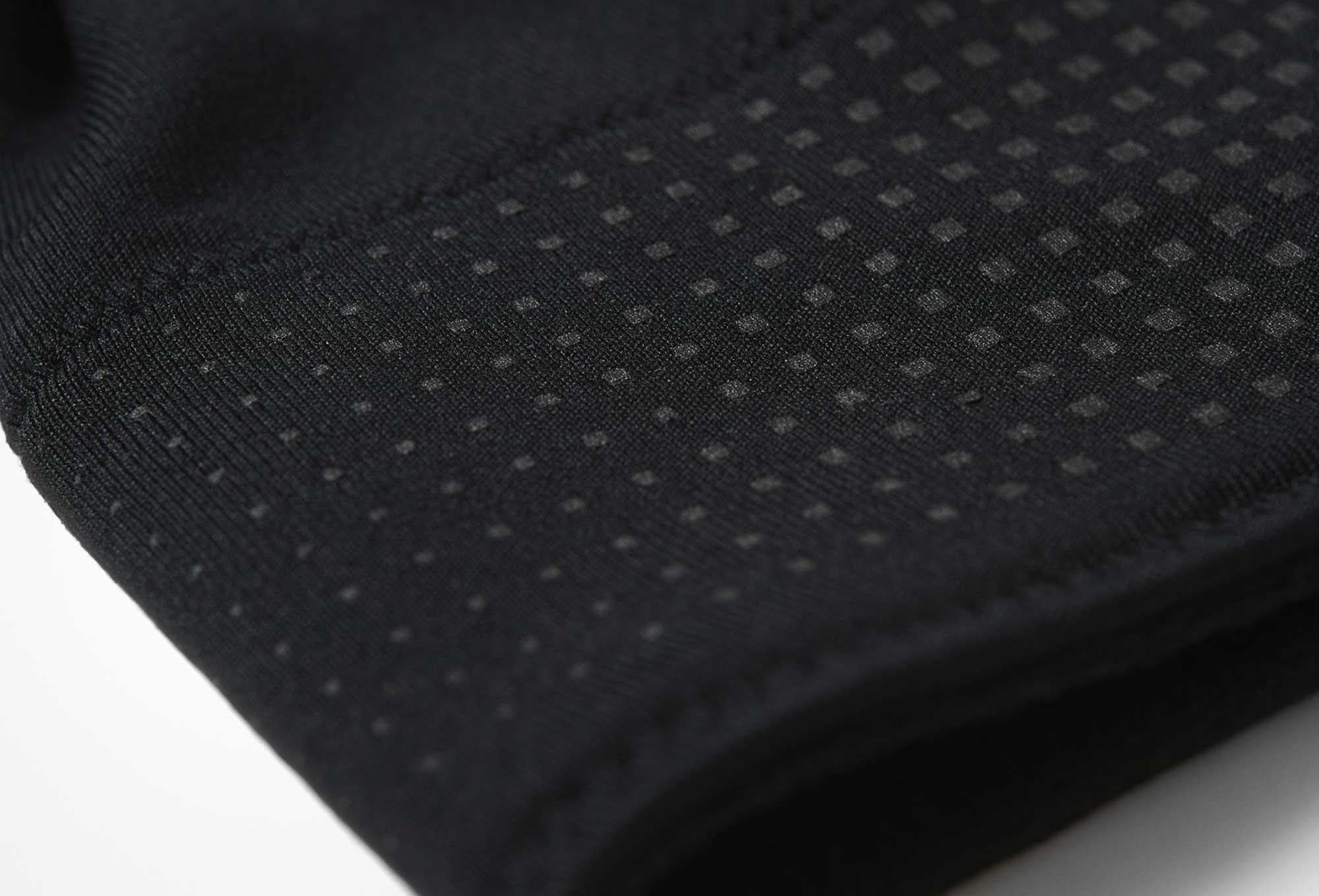 adidas running Beanie RUNNING CLIMAHEAT Black  4fabdc5a841