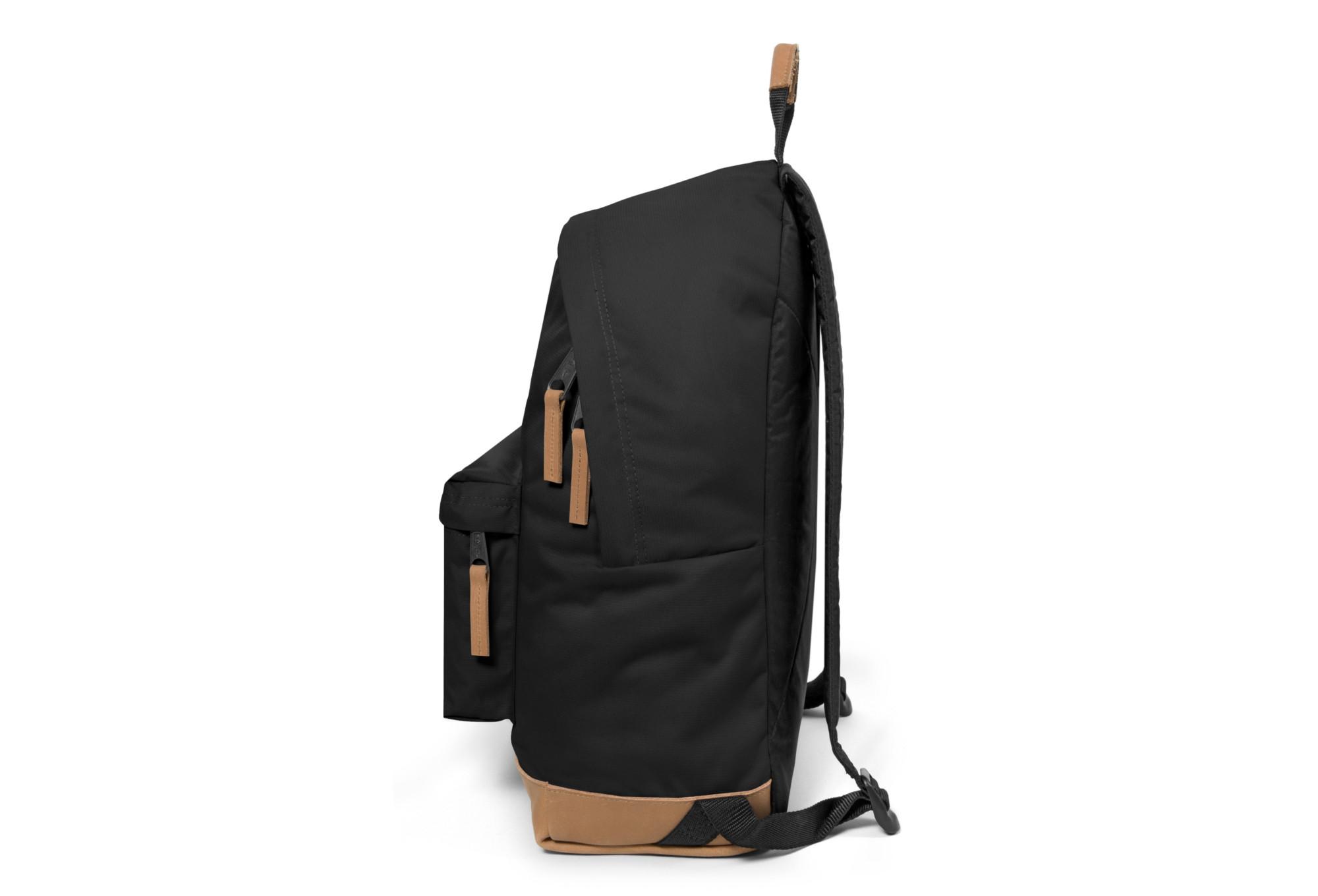 sac dos eastpak wyoming into noir. Black Bedroom Furniture Sets. Home Design Ideas