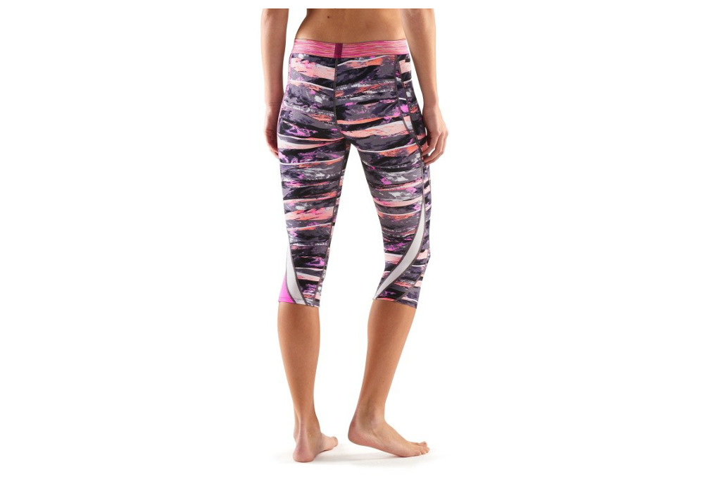 SKINS DNAmic Women s Compression 3 4 Tight Pink  c865023a8