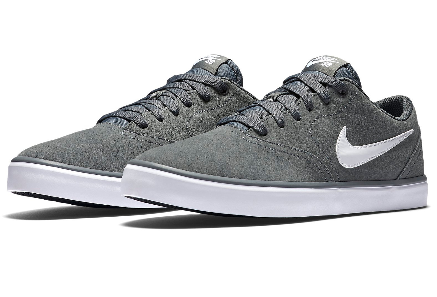 chaussures nike sb check solarsoft gris blanc. Black Bedroom Furniture Sets. Home Design Ideas