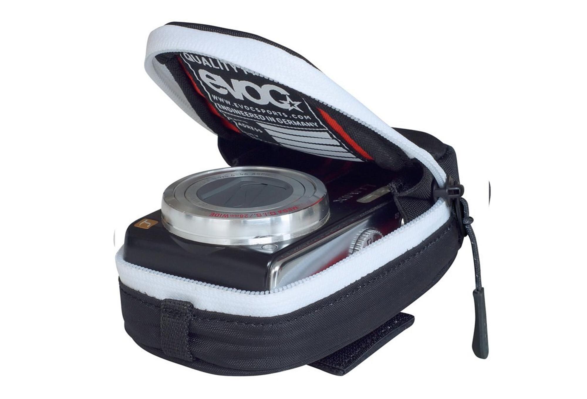 Housse appareils photo compacts evoc camera case 0 2l noir for Housse appareil photo compact