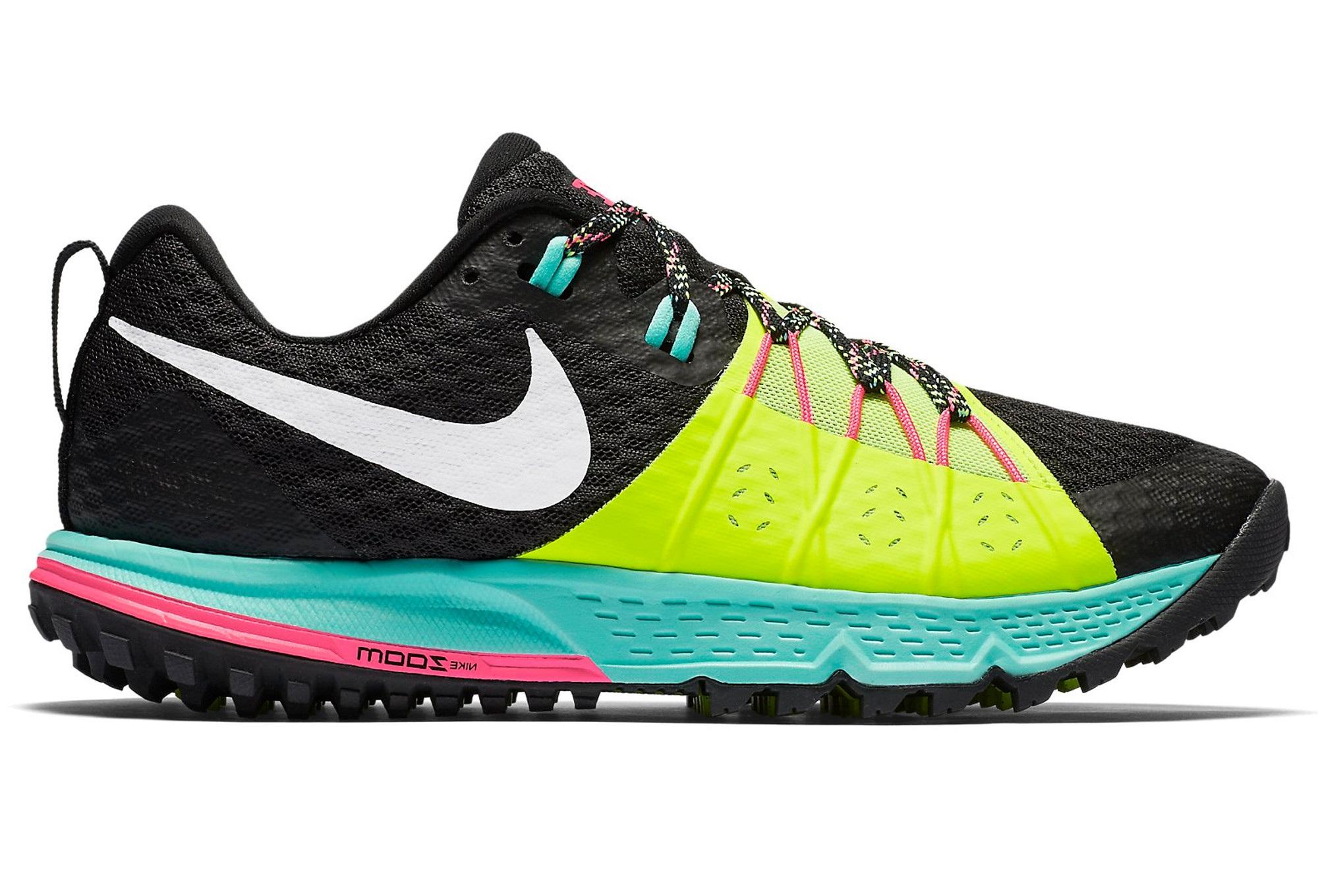 19c4438d2c3 Chaussures de Trail Femme Nike Zoom Wildhorse 4 Jaune   Noir ...