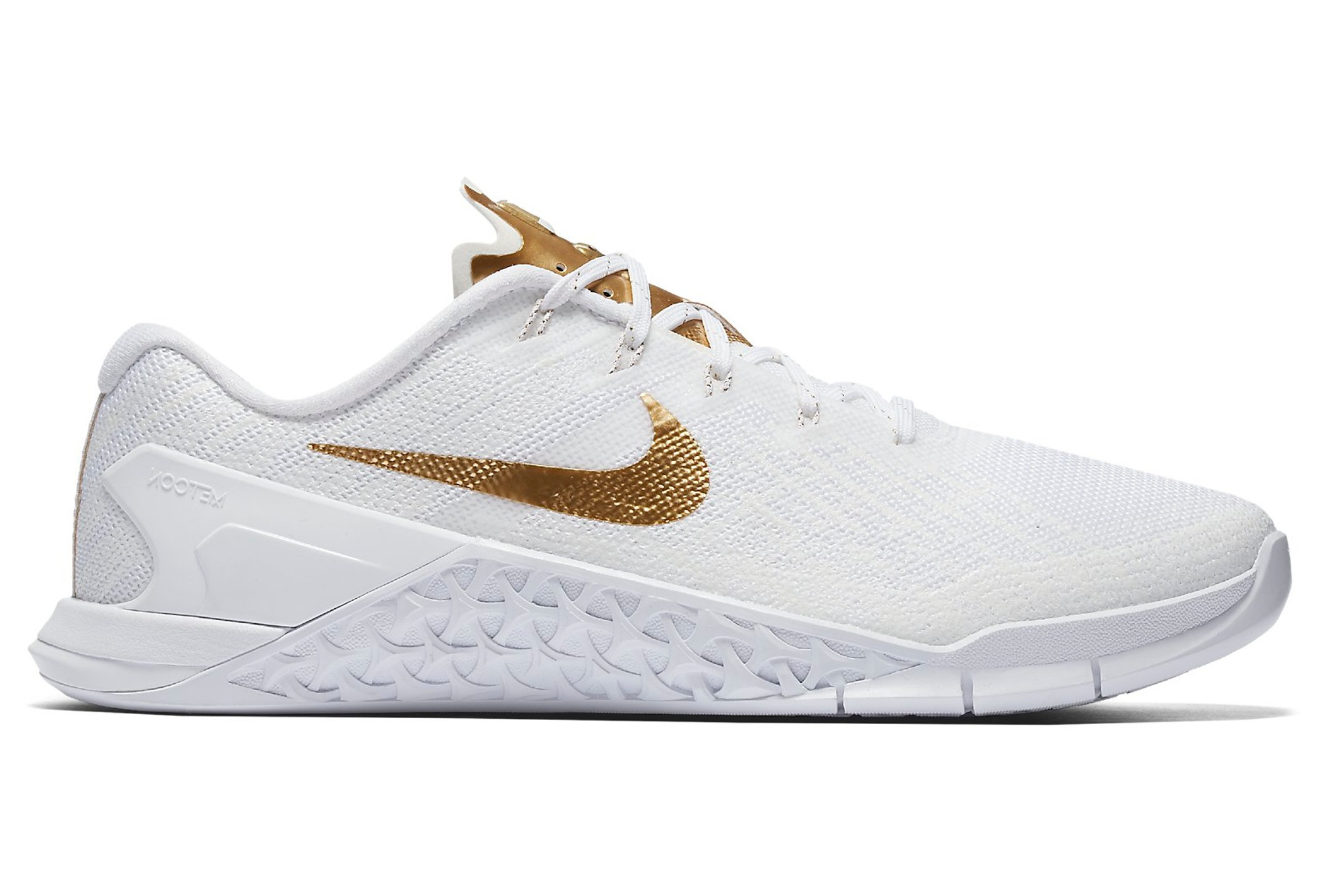new styles 25a91 71faa Chaussures de Cross Training Femme Nike Metcon 3 AMP Blanc  Or
