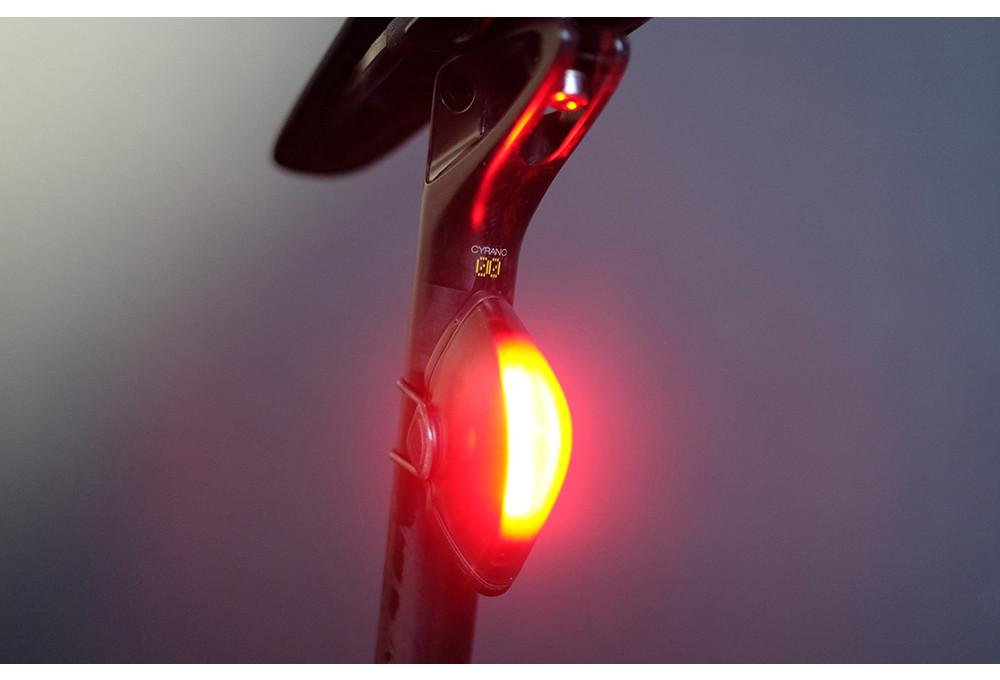 Fizik Lumo L5 Arrière DEL Rechargeable USB Lumière Vélo Nouveau!